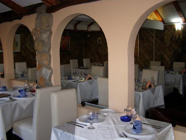 restoran-zamak-1