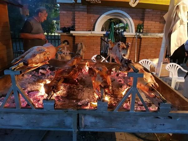 roasted pork and lamb festival, pecenjijada