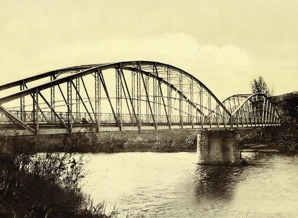 stari most, zapadna morava, istorija trstenika